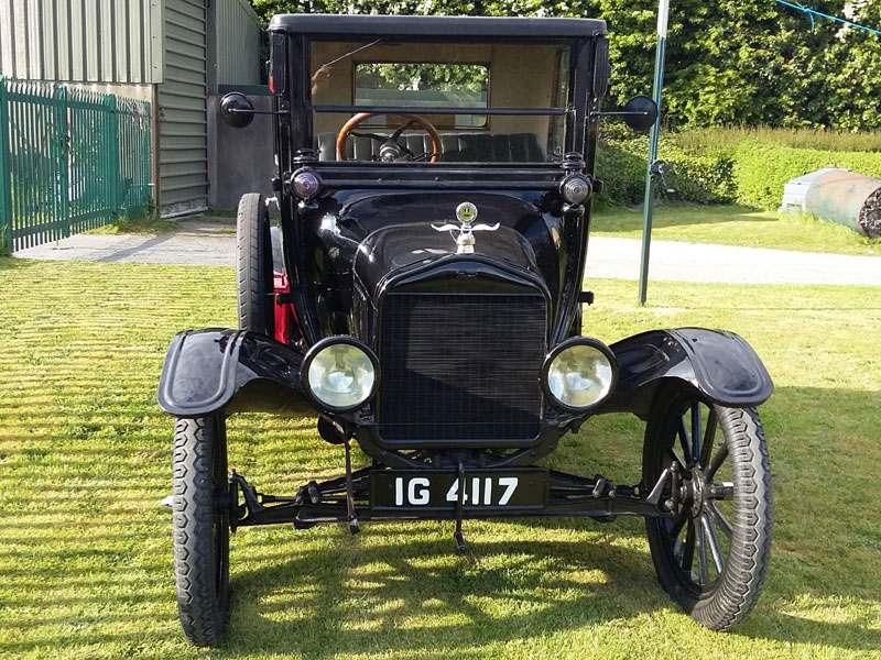 Lot 7-1917 Ford Model T Doctors Coupe