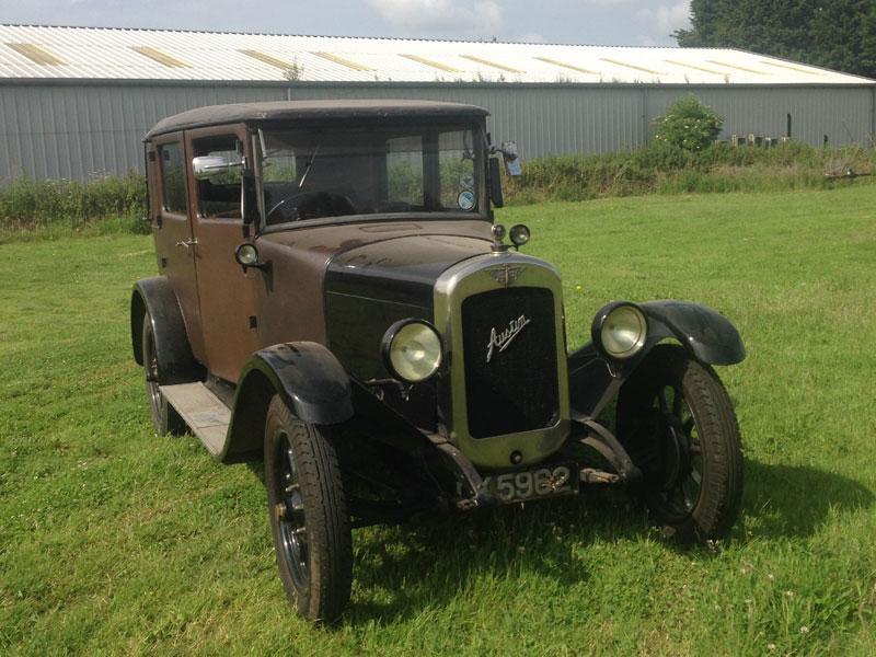 Lot 34-1929 Austin 12/4 Heavy Saloon