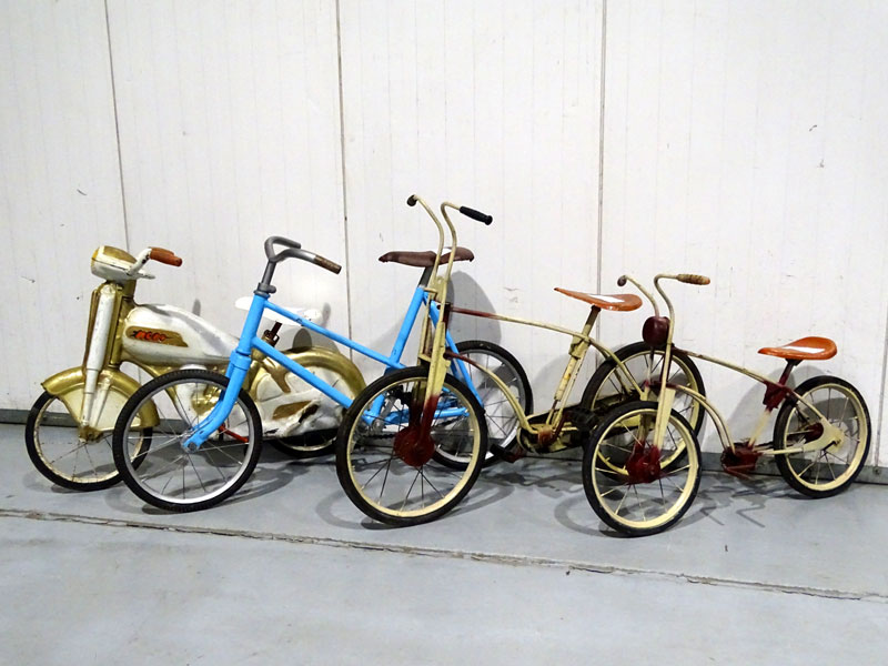 Lot 5-Childs Bicycles