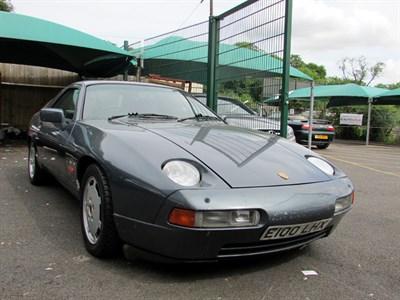 Lot 50-1987 Porsche 928 S4