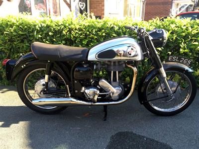 Lot 15-1960 Norton ES2