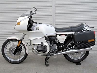 Lot 61-1983 BMW R100RS