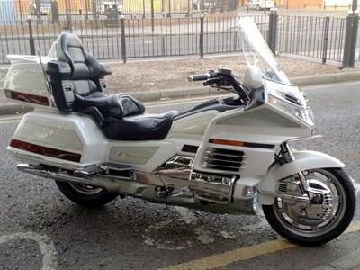 Lot 6-2000 Honda GL1500SE Gold Wing