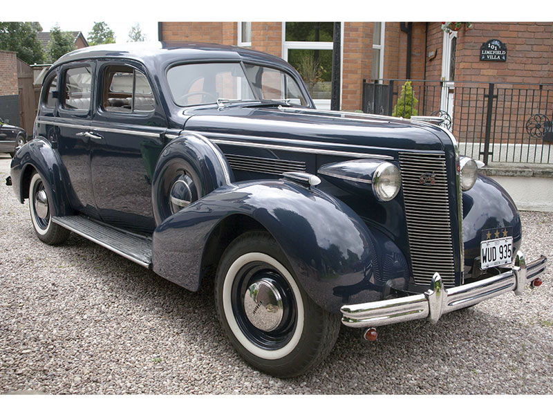 Lot 60-1936 McLaughlin-Buick Series 40 Special Saloon