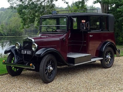 Lot 72-1938 Austin 12/4 Heavy Low Loader Taxicab