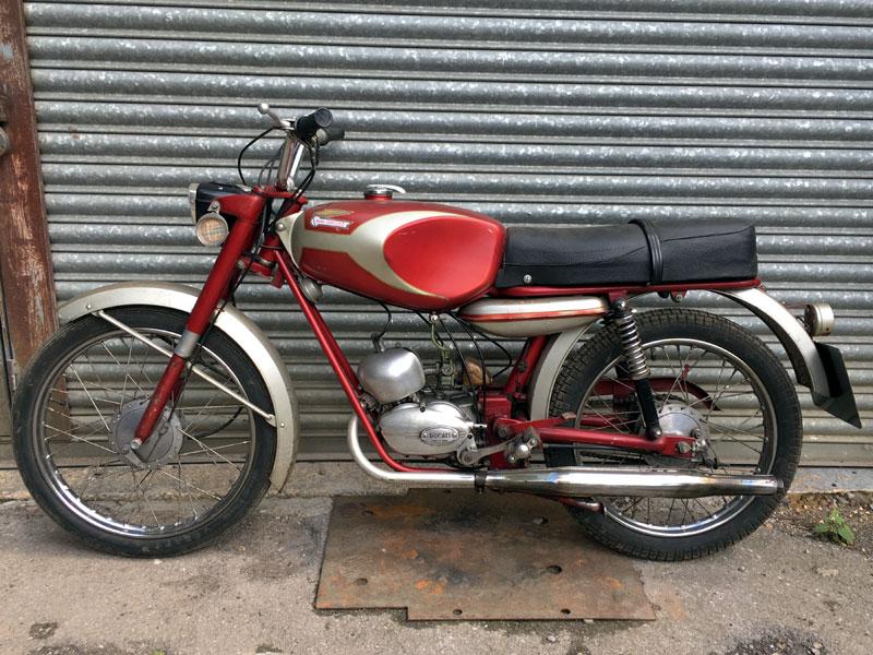 Lot 19-1966 Ducati SL48