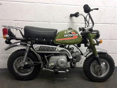 Lot 20 - 1975 Honda Z50J