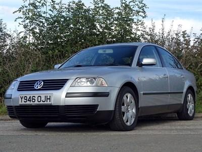 Lot 37 - 2001 Volkswagen Passat 1.8T