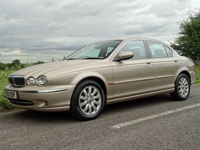 Lot 73 - 2001 Jaguar X-Type 2.5 SE
