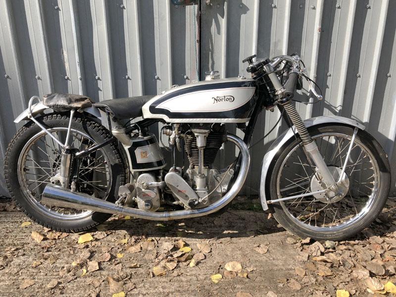 Lot 54 - 1938 Norton International