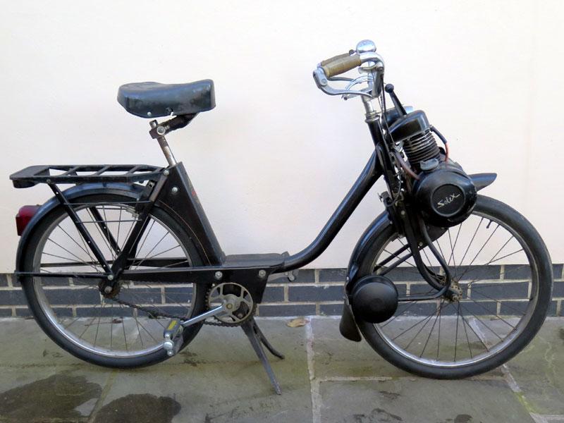 Lot 91-1961 VeloSoleX S2200