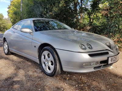 Lot 2 - 2000 Alfa Romeo GTV 2.0