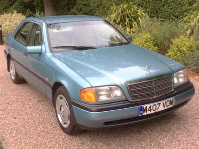 Lot 49 - 1994 Mercedes-Benz C 180