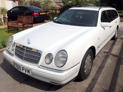 Lot 4 - 1996 Mercedes-Benz E 230 Elegance