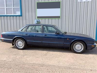Lot 16 - 1995 Jaguar XJ6 3.2