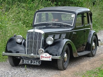 Lot 19-1938 Morris 14/6 Series III Saloon