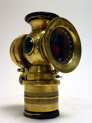 Lot 96 - A Self-Generating Acetylene Headlamp by Bauer
