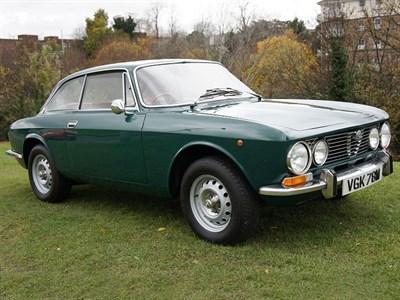 Lot 24-1974 Alfa Romeo 2000 GTV