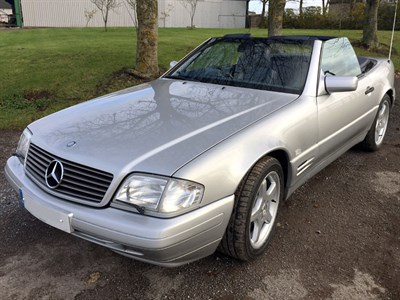 Lot 27-1996 Mercedes-Benz SL 320