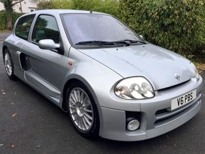 Lot 49-2002 Renault Clio V6 Sport
