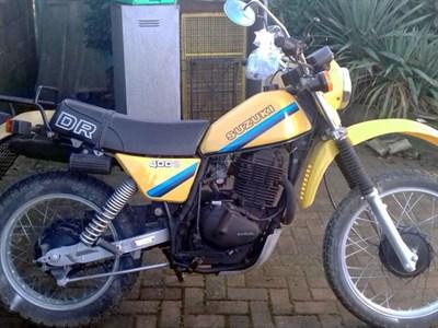Lot 7-c.1982 Suzuki DR400S