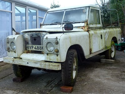 Lot 14-1972 Land Rover 109 Series IIA