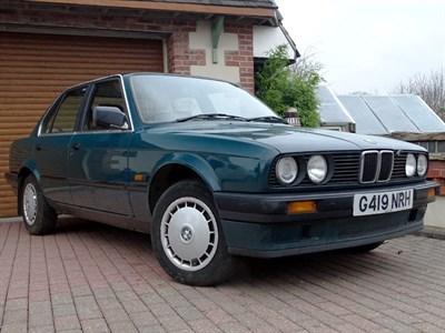 Lot 18-1990 BMW 316i