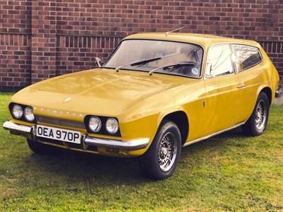 Lot 11-1975 Reliant Scimitar GTE