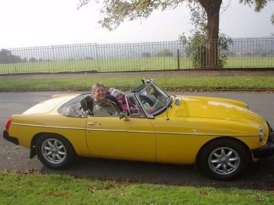 Lot 98-1979 MG B Roadster