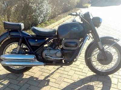 Lot 75-1970 Moto Guzzi Falcone