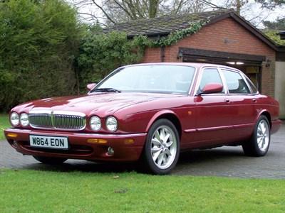 Lot 116-2000 Jaguar XJ8 3.2
