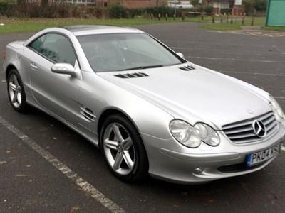 Lot 121 - 2004 Mercedes-Benz SL 500