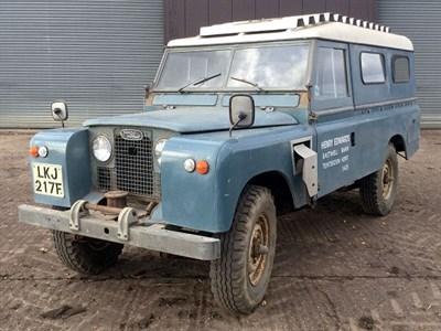 Lot 22-1967 Land Rover 109 Series IIA