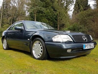 Lot 23-1996 Mercedes-Benz SL 320