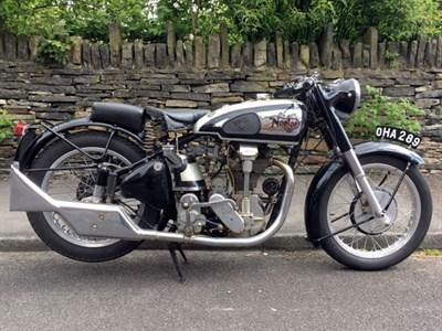 Lot 117-1950 Norton International 40