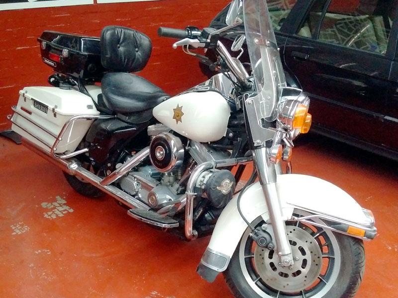Lot 40-1997 Harley Davidson FLHP