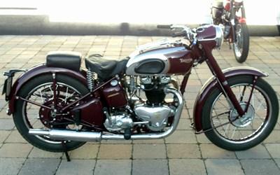 Lot 137-1949 Triumph 5T Speed Twin