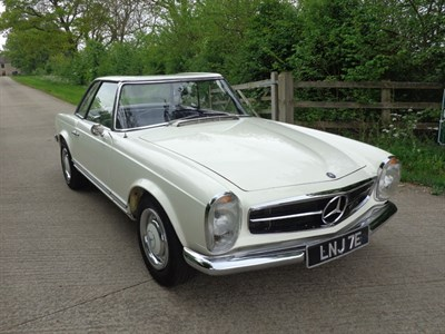 Lot 8 - 1967 Mercedes-Benz 250 SL