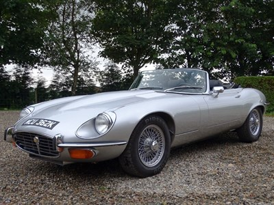 Lot 68-1972 Jaguar E-Type V12 Roadster