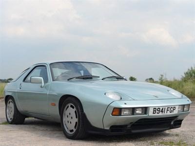 Lot 23 - 1985 Porsche 928 S2