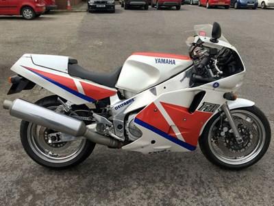 Lot 66 - 1989 Yamaha FZR1000 EXUP
