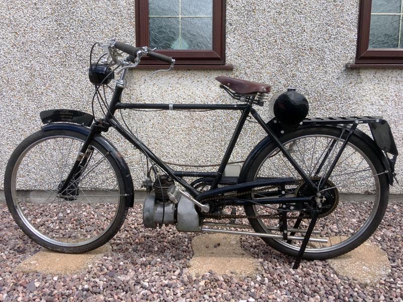 Lot 25-1940 Scott Autocycle Deluxe