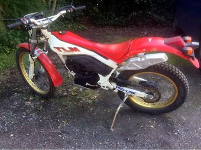 Lot 47 - 1985 Honda TLM200R