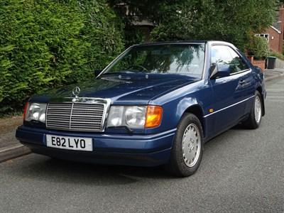 Lot 2-1988 Mercedes-Benz 300 CE