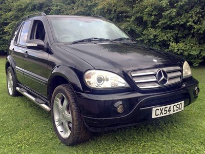 Lot 23-2004 Mercedes-Benz ML 270 CDi