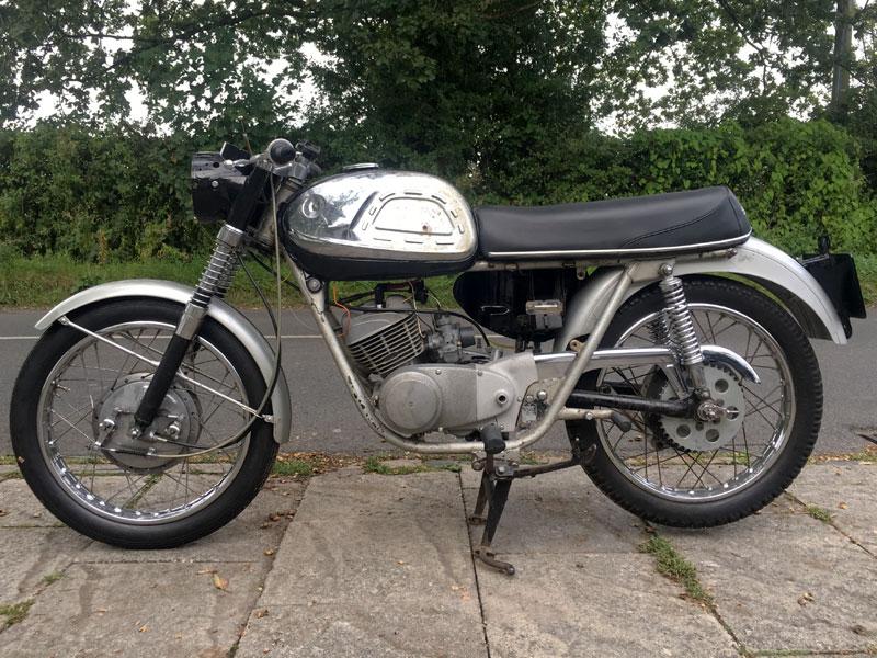 Lot 23-1968 Suzuki T20