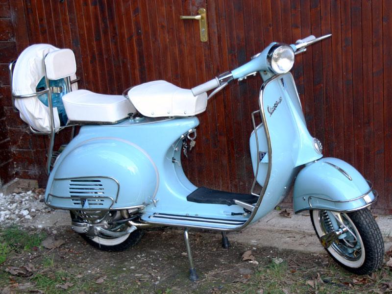 Lot 19-1961 Vespa 150