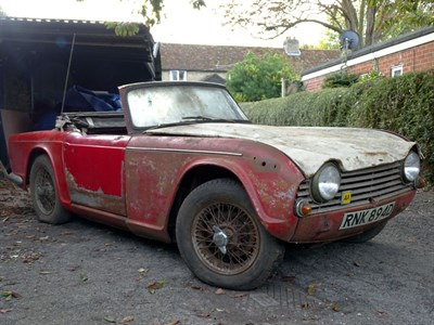 Lot 4 - 1966 Triumph TR4A IRS