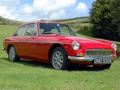 Lot 52-1971 MG B GT