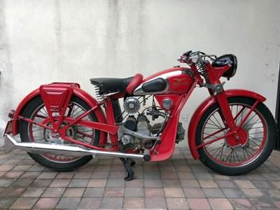 Lot 95-1939 Moto Guzzi Egretta
